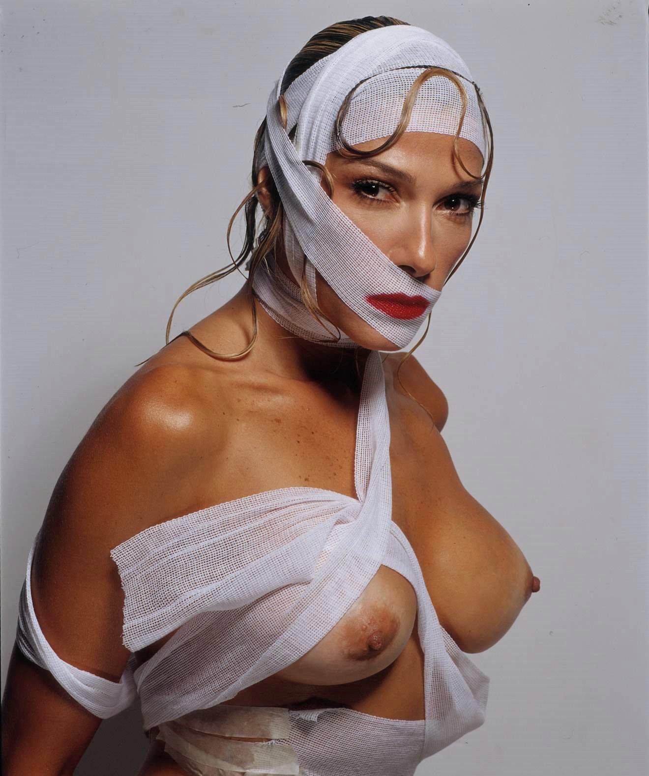 nude Catherine siachoque
