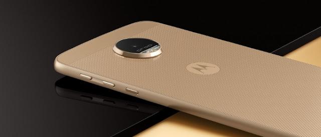 Moto Z ponsel paling tipis