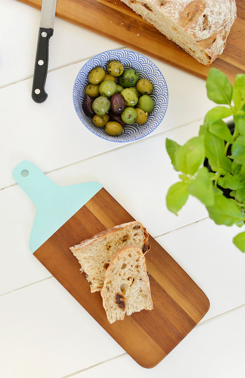 DIY painted chopping board