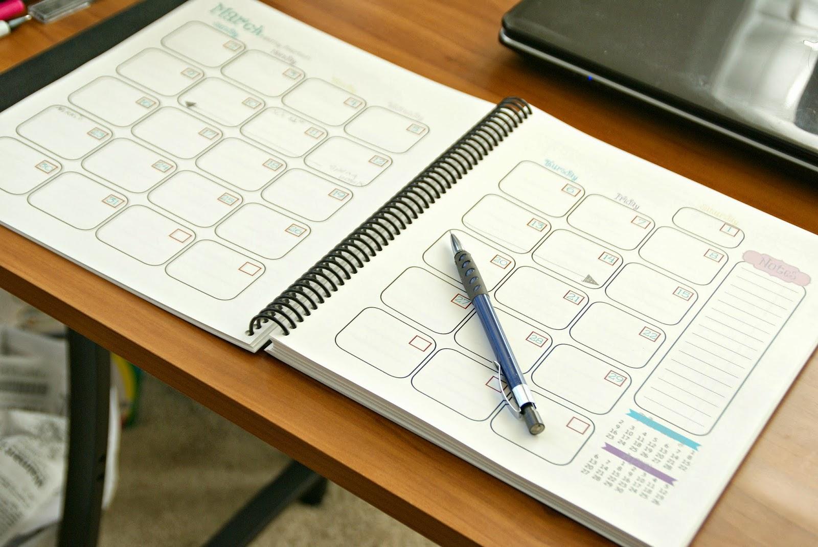 Free Printable 2014 Planner / by Busy Mom's Helper #Printable #Planner #2014 #Calendar