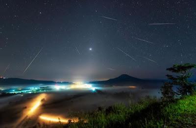 Riscos de luz devem iluminar o céu