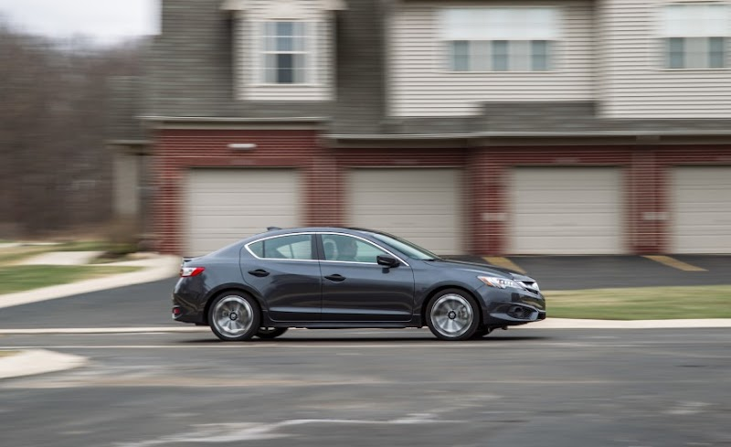 A Detailed Look at the 2017 Acura ILX