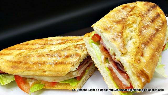 receta-de-chivito-bocadillo-de-lomo-queso-bacon-huevo-y-lechuga-tomate-y-mayonesa