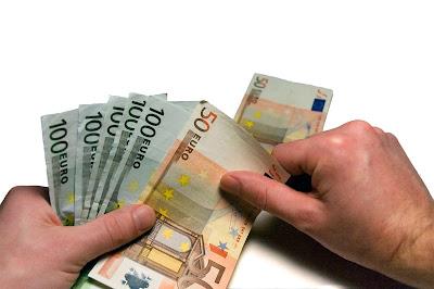 Dinero en billetes