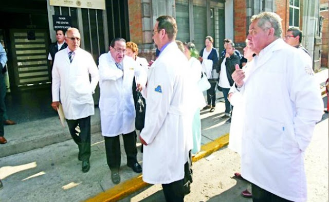 Doctores, hospitales, medicamentos, médicos