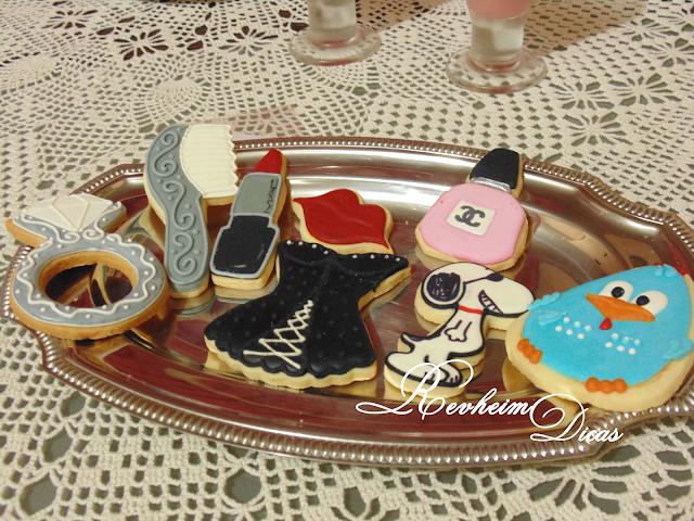 By Ana cookies&cia, biscoitos decorados, Ana Paula Cury, Aniversário, 22 anos, decoração para aniversário