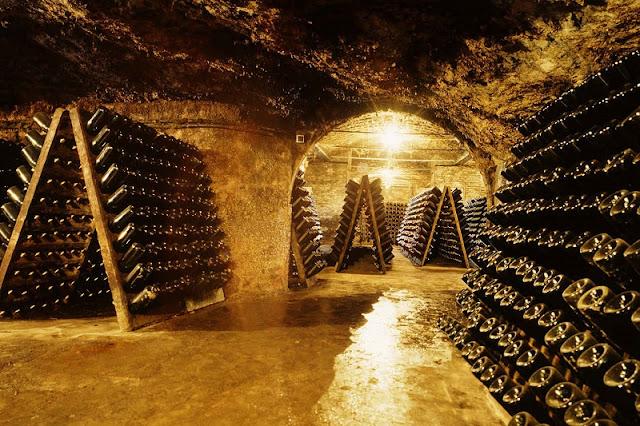 Passeio de vinho e cava em Barcelona