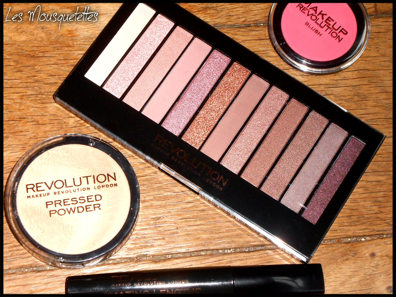Makeup Revolution Iconic3 - Les Mousquetettes©