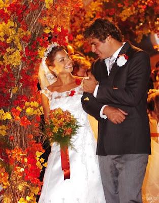 13 Grazi Massafera vestida de noiva