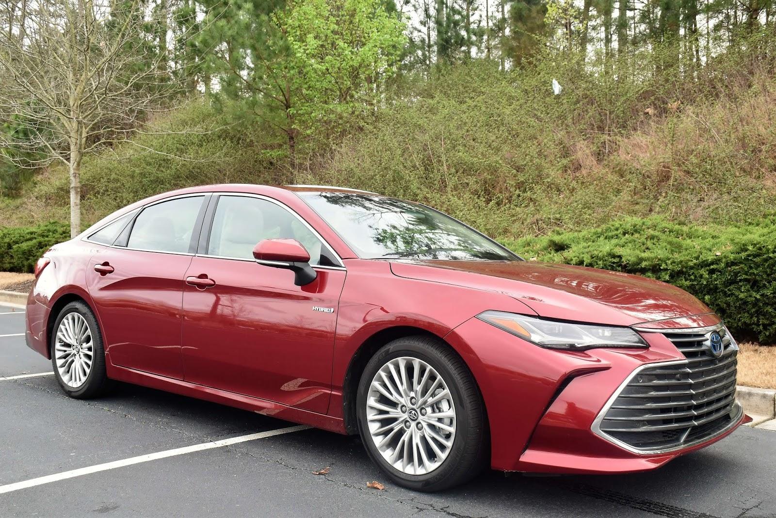 2019 Toyota Avalon Hybrid Limited Exterior