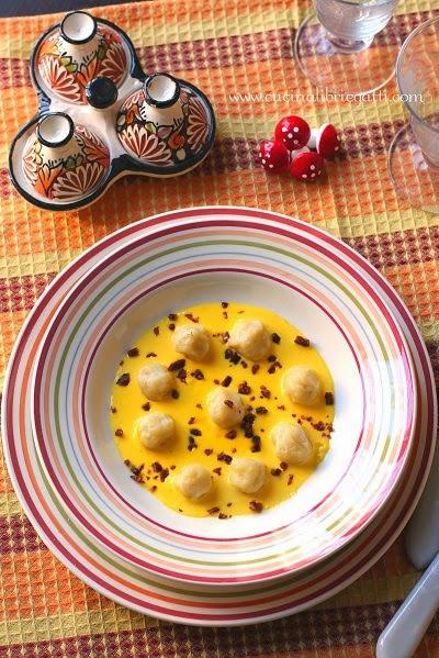 gnocchi patate crema parmigiano zafferano salsiccia
