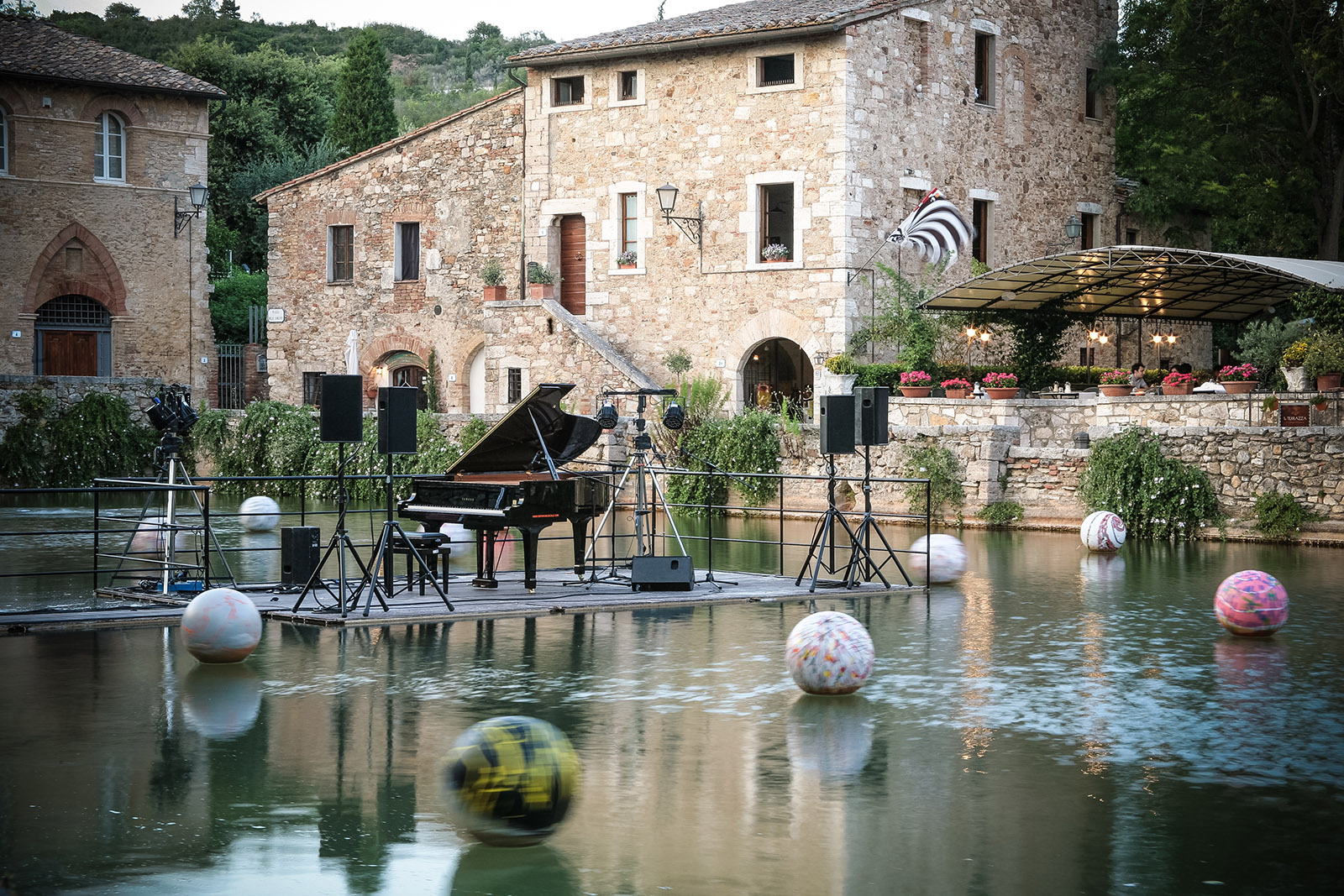 35 pueblos con encanto en toscana - Hotel terme bagno vignoni ...