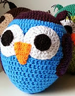 http://www.ravelry.com/patterns/library/ballon-uil-balloon-owl
