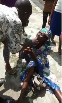 Woman Caught While Trying To 'Kidnap, Child At A School In Lagos