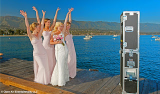 Open Air Photobooth with Bridesmaids
