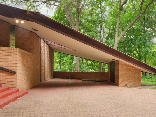 Satchel Frank Lloyd Wright Home For Sale In Minnesota