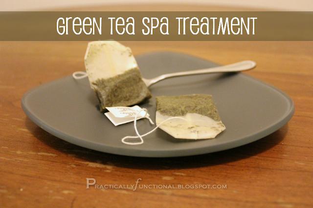 Green tea bags to treat puffy eyes and dark circles