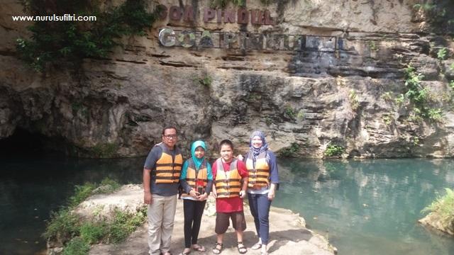 wisata outdoor jogja Nurul Sufitris Blog Wisata Yogyakarta Cave Tubing Goa Pindul