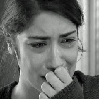 صور بكاء 2018 دموع في الأعين. صورة بنت جميلة تبكي مؤثرة