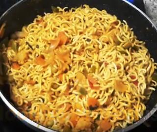 नूडल बिरयानि रेसिपी - Noodles Biryani Recipe - How to Make Noodles Biryani Recipe at Home
