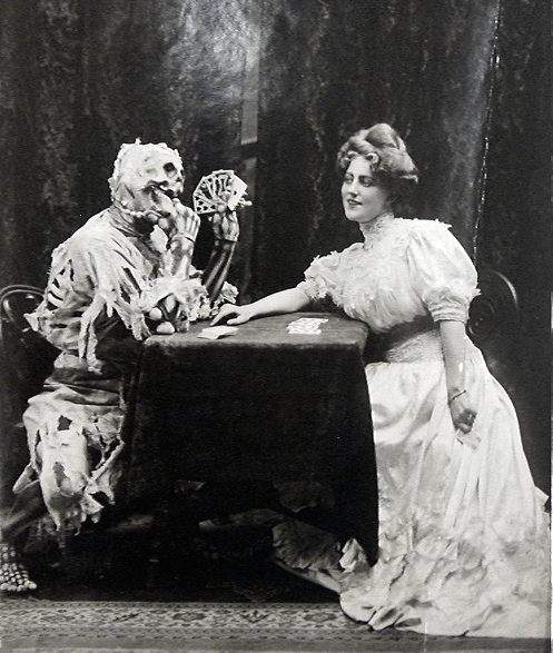 Death and the Lady photo 1906