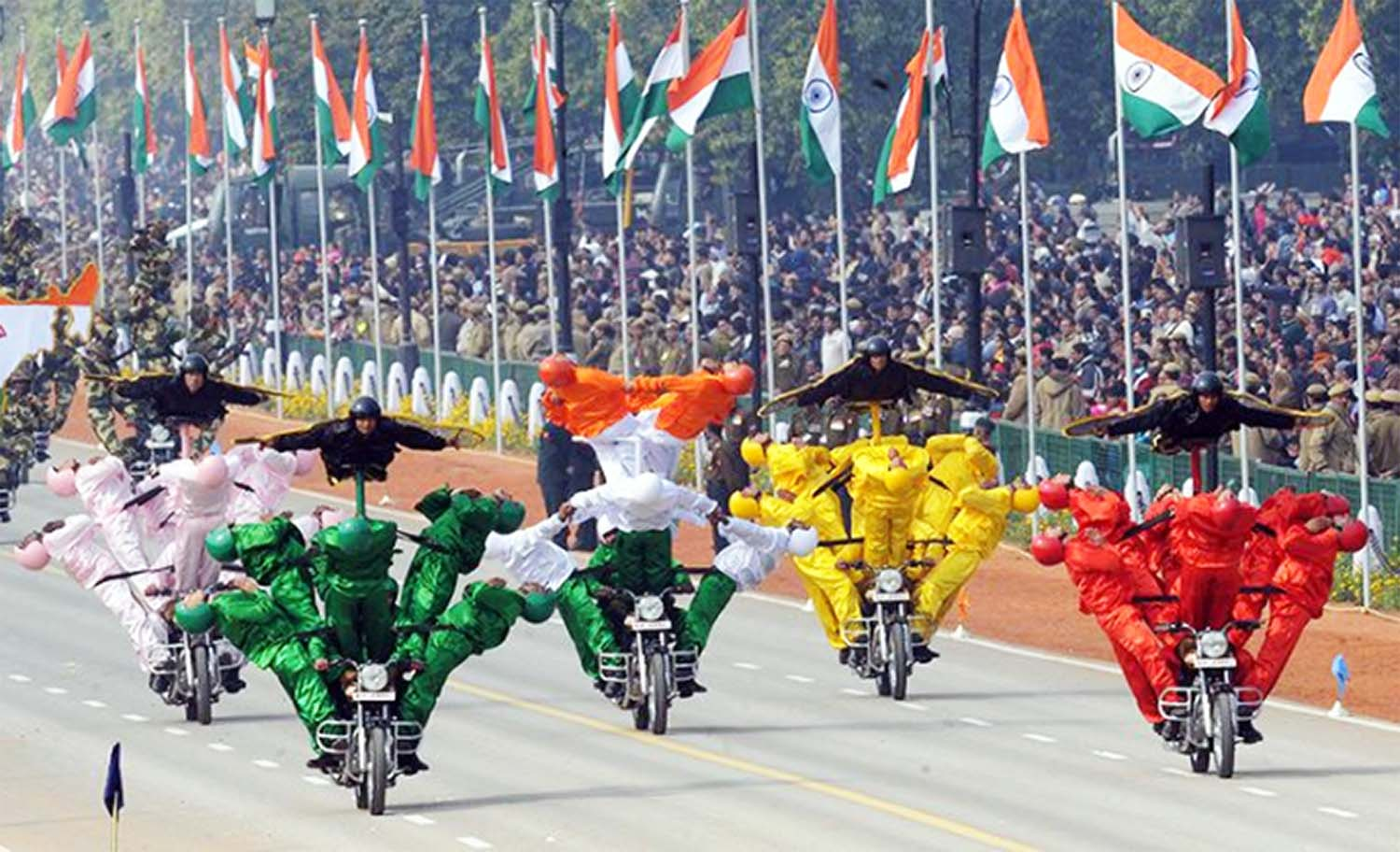 Bike stunts during republic day celebration by Indian Army