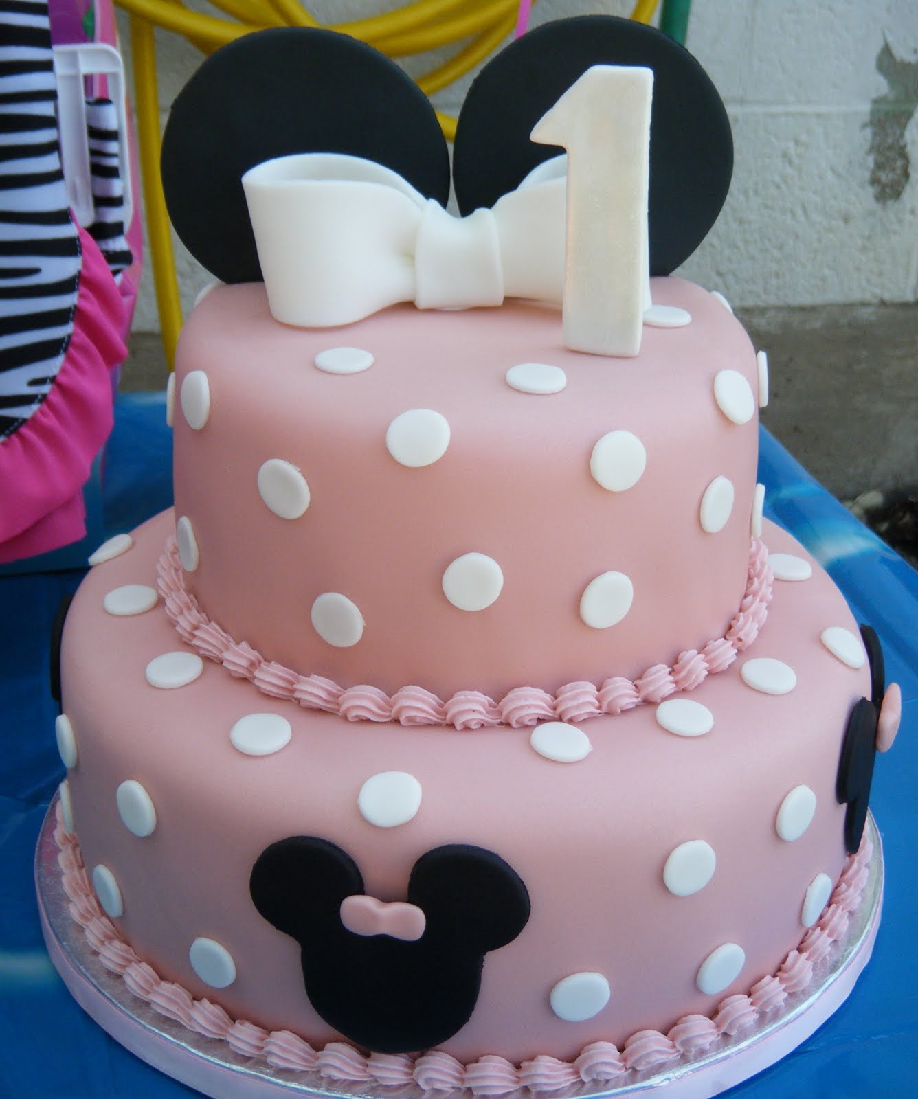 Cakessica: Mini Mouse Birthday Cake