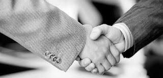 Ο καλύτερος «ντελιβεράς» συμφερόντων
