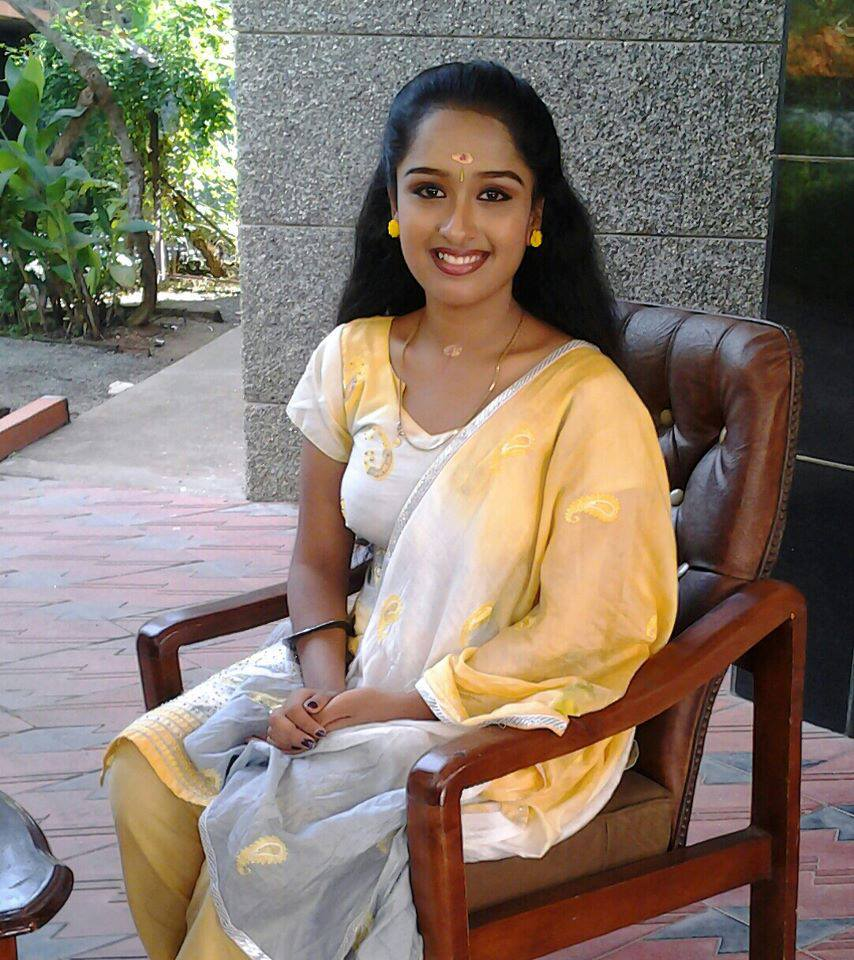Mallu Serial Actress Rasnas Latest Unseen Private Photos -1738