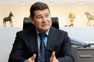 Суди відмовляються за борги забирати ліцензію у фірми Онищенка - справу передали у Верховний суд