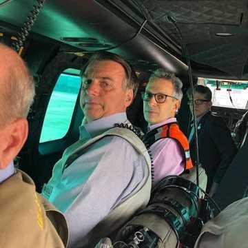 Brunadinho: Bolsonaro volta a Brasília após sobrevoar Brumadinho