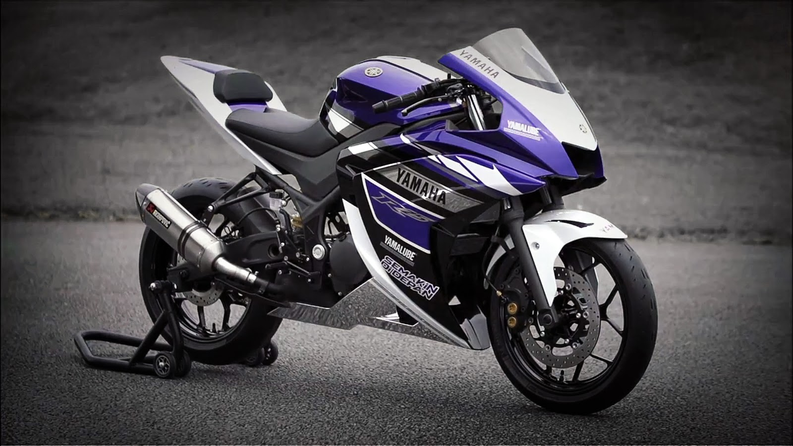 2018 Yamaha YZF-R15 V0 first ride review