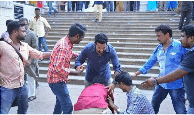 NTR Inconvenience with his fans at Janatha Garage Shooting Spot