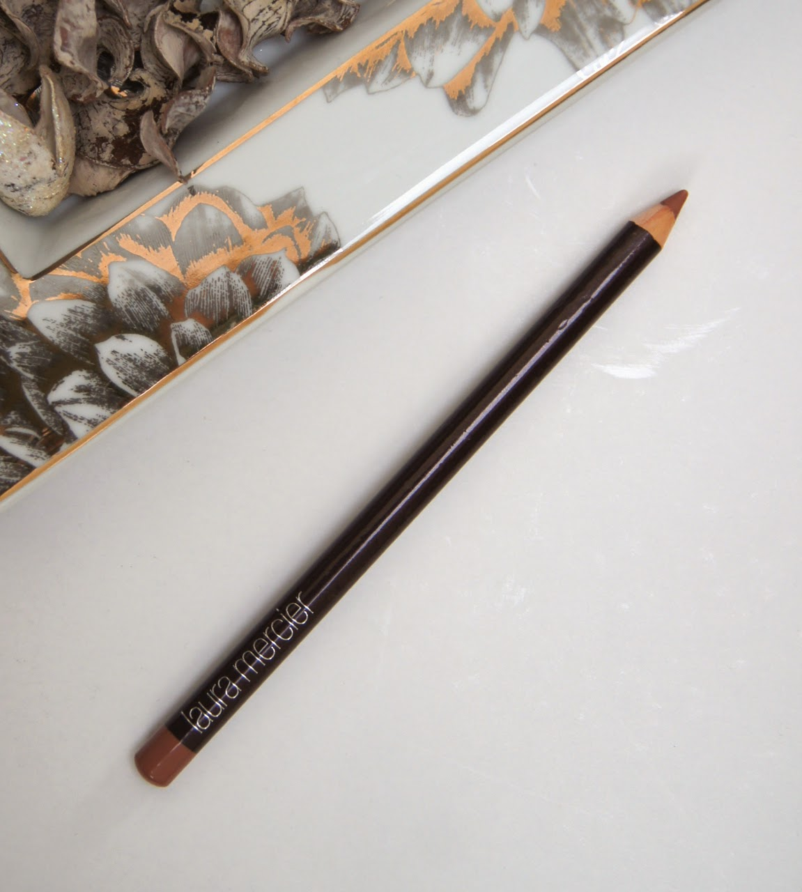 laura mercier natural lips lip pencil review swatch