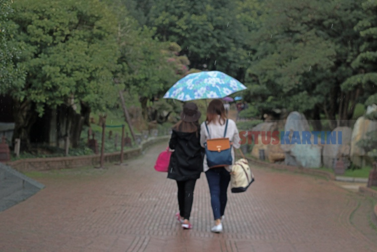 Prakiraan Cuaca: Hujan dan Badai Petir Akan Mengguyur Hong Kong Selama 9 Hari Kedepan, Termasuk Hari Minggu ini