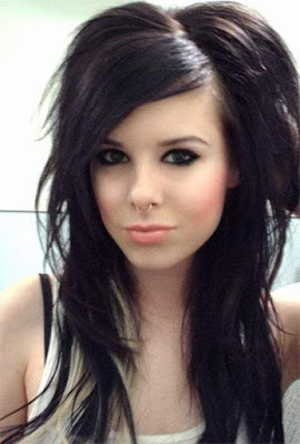 Long layered hairstyle for the emo look