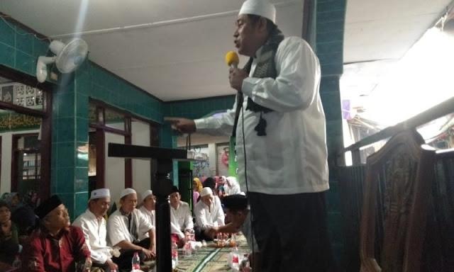 Gara-gara Tak Pilih Jokowi, Ustadz Ini Diledekin Abu Janda