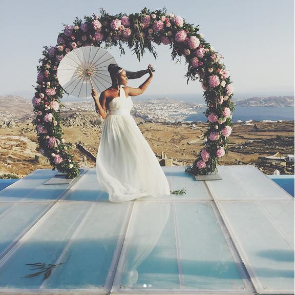 Stephanie-Coker-Olumide-Aderinokun-white-wedding-Mykonos-Greece-9