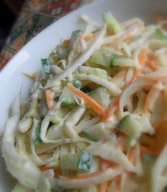 how to make creamy coleslaw uk