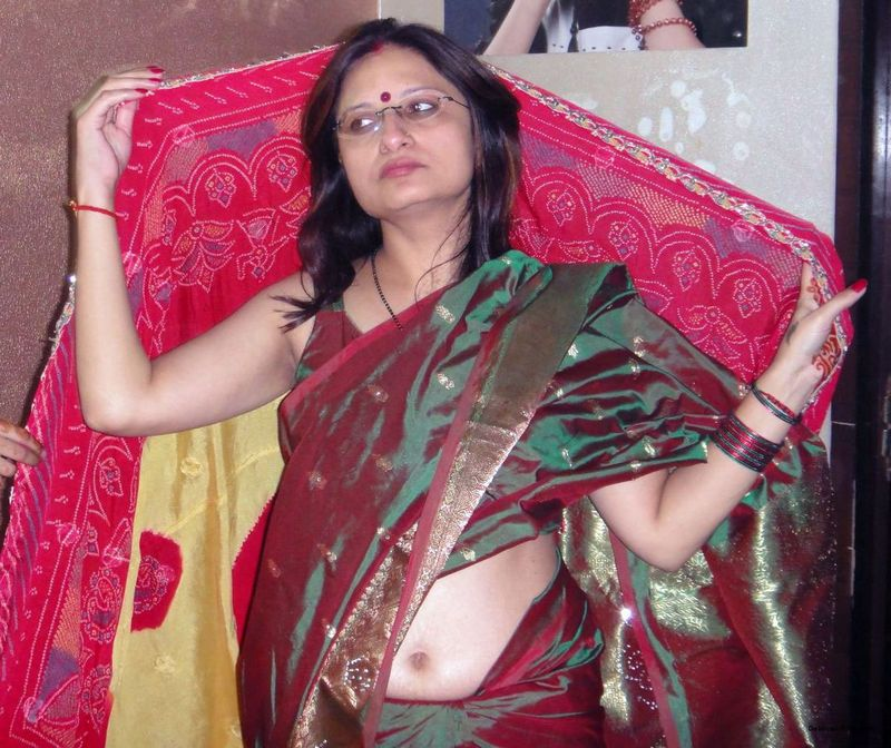 Horny Indian Milfs