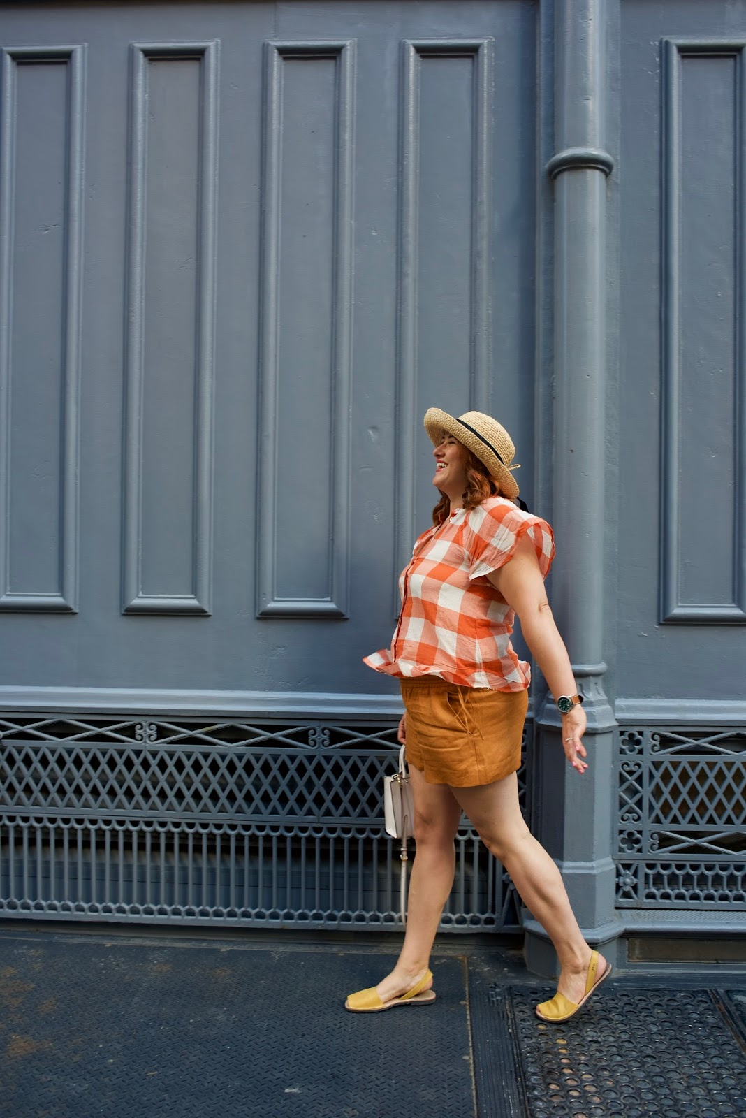 anthropologie, plaid, gingham, linen shorts j. crew, summer outfit for hot weather, rebecca minkoff mini mab