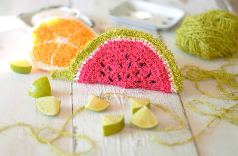 virkatut pesusienet ja hedelmät