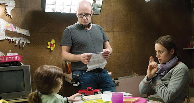 Director Lenny Abrahamson briefing the leading actors