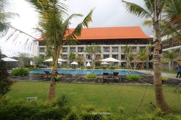 kolam renang el royale hotel