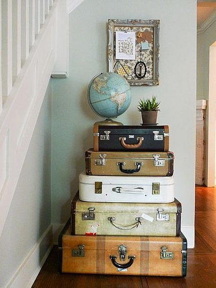 Great And Creative Ideas For Decorating With Old Suitcases 5