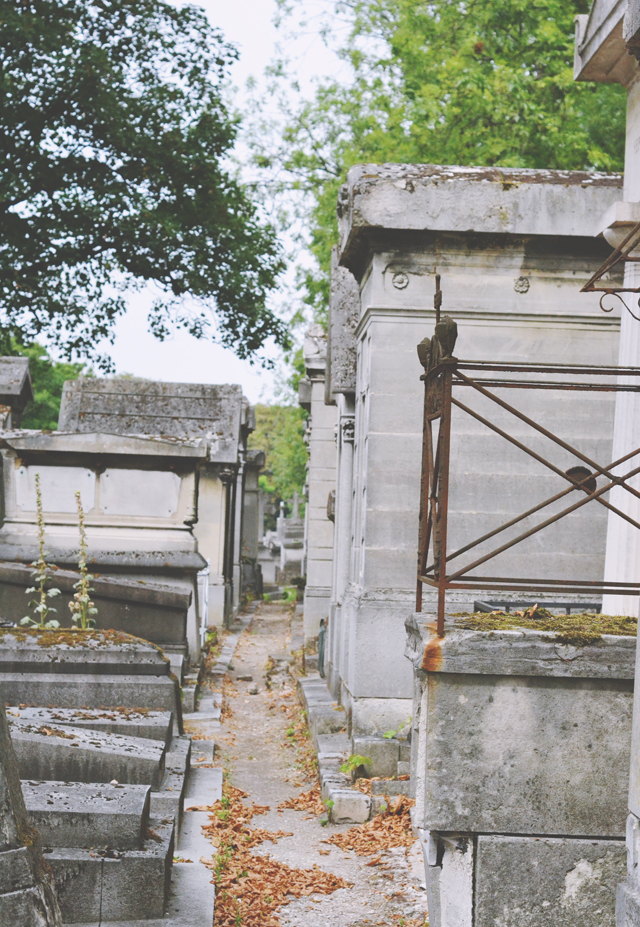 Pathway between graves at Pere Lachaise Cemetery
