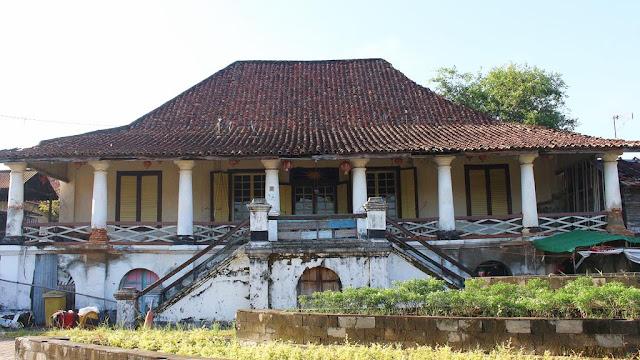 bangunan kampung kapitan