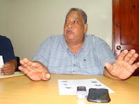Resultado de imagen para Fotos del gobernador de Pedernales Cruz Adán Heredia