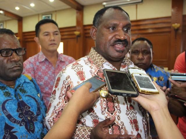 Willem Wandik Ingin Kabupaten Puncak Jual Hasil Bumi ke Freeport Indonesia