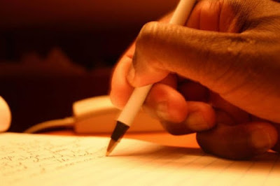 Pengertian puisi dan usur - unsur puisi serta ciri - ciri puisi - berbagaireviews.com